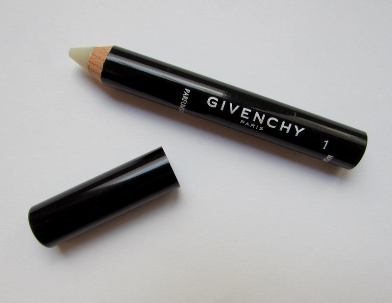 Ako upravovať obočie? Mister Eyebrow – Korektor v ceruzke od Givenchy